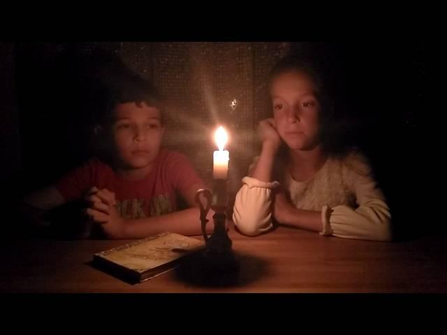 Изображение предпросмотра прочтения – Евгения Сидорова,Егор Костюков читает произведение «Помню – долгий зимний вечер…» И.А.Бунина