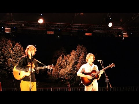 Kings Of Convenience Mrs Cold And Misread @Verucchio, Italy 2015