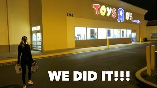 Overnight Challenge At Toys R Us!!!  Relationship Goals