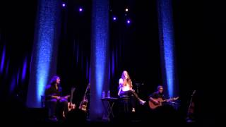 Repeat youtube video Alanis Morissette - Mary Jane (Live Morristown, NJ, 7/26/14) 720p HD