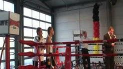 Goda Dailydaite *Dortmund* wird Profi - Boxerin durch K.O.