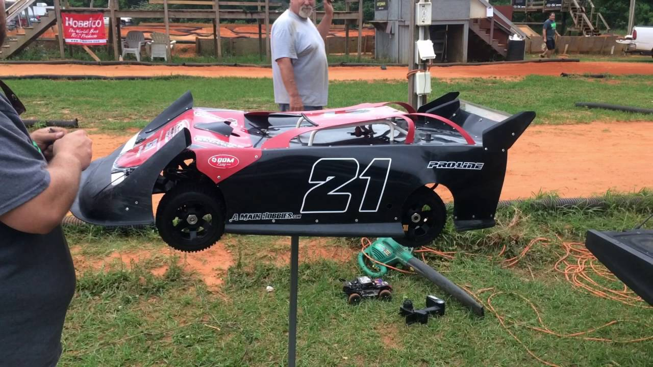 How To Scale A Dirt Race Car