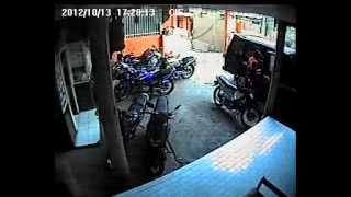 ANAK KOST PUTRI TERTANGKAP KAMERA CCTV