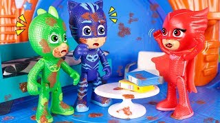 PJ Masks Toys ⚡ Mud at the headquarters! 😮⚡😆