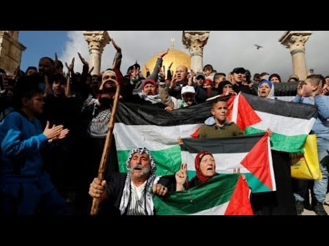 مواجهات عنيفة في جمعة الغضب بالضفة الغربية وقطاع غزة  - نشر قبل 3 ساعة