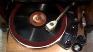 Orchestre Jazz du Moulin-Rouge - Les Artichauts (Comte Obligado)