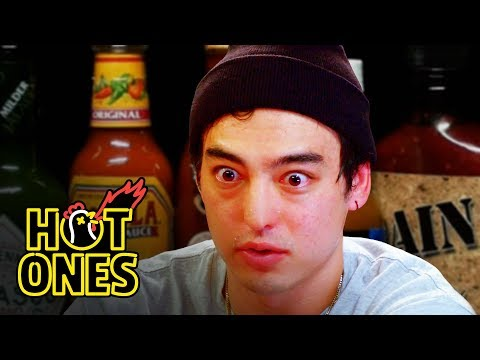 Joji Sets His Face on Fire While Eating Spicy Wings | Hot On