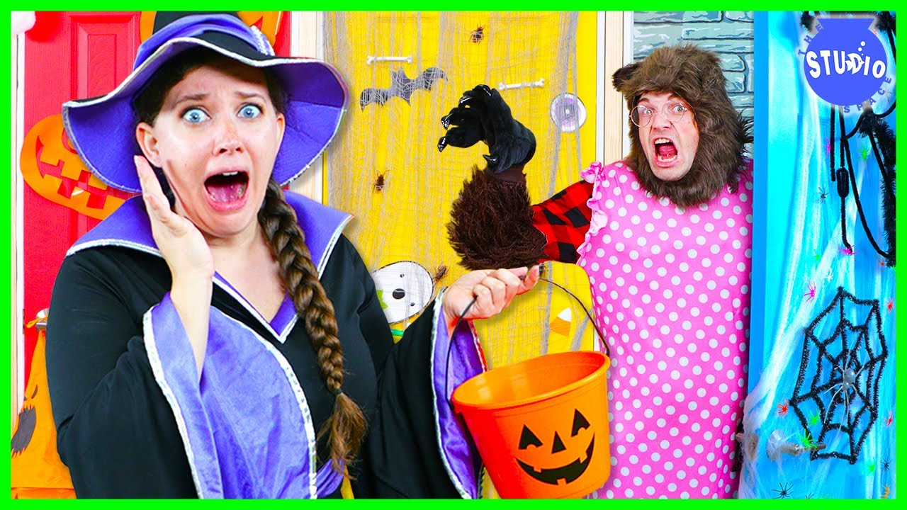 Don't Trick or Treat at the WRONG DOOR CHALLENGE!! Halloween Edition!