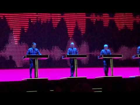 Kraftwerk - Computer Love Part 2 @ The State Kremlin Palace (Moscow) 13-02-2018