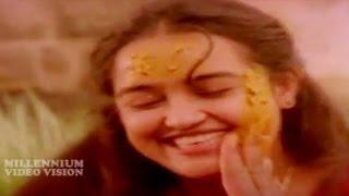 Malayalam Film Song | Kunjurangum Kootinullil | PONNUCHAMI | K S Chithra