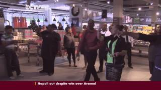 Woolworths pay tribute to Mandela with a flashmob