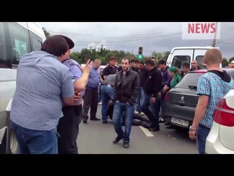 кавказцы избивают полицейских,