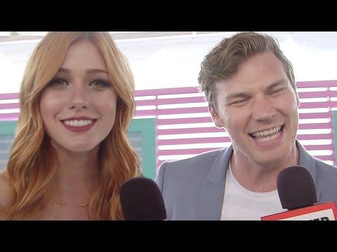 Celebs Sing Their Go-To Summer Karaoke Song - Teen Choice Awards 2016