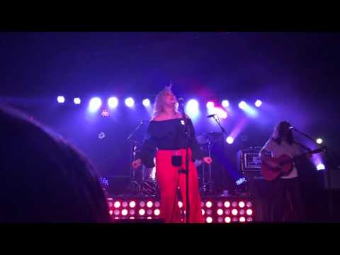 ELLE KING AMERICAS SWEETHEART LIVE AT THE CANNERY NASHVILLE