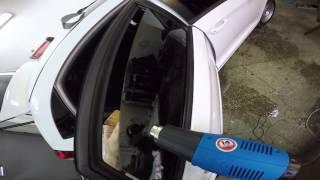 Тонировка своими руками бокового стекла  в автомобиле -III часть(Тонировка своими руками бокового стекла в автомобиле Тонировка авто как правильно вырезать плёнку как..., 2016-02-16T22:35:25.000Z)