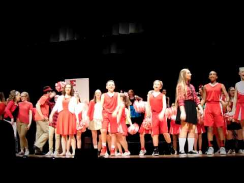 "Fleetwood Middle School - High School Musical - ""Breaking Free"" and ""We're All in this Together"""