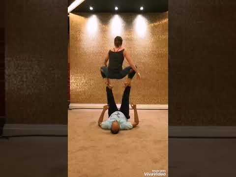 Acroyoga Washing Machine - Monkey Frog