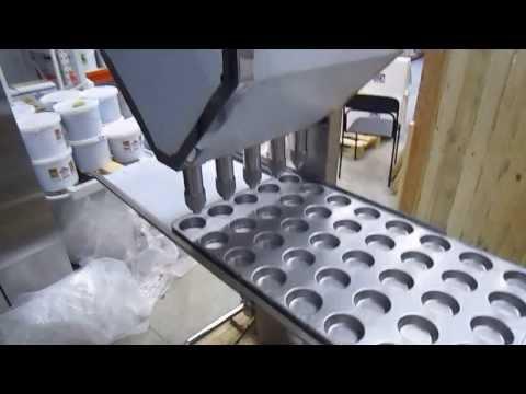 Кексы и маффин: полуавтоматический наполнитель-дозатор