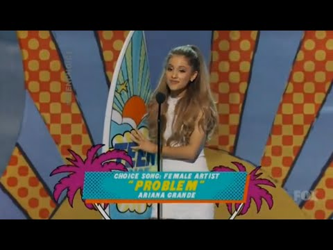 HD - Ariana Grande Wins Choice Female Artist (Teen Choice Awards 2014)