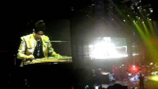 Download Fa Ru Xue (Hair Like Snow) Encore 1/2 - Jay Chou Live Concert at Mohegen Sun CT, USA 12 21 2008 MP3 song and Music Video