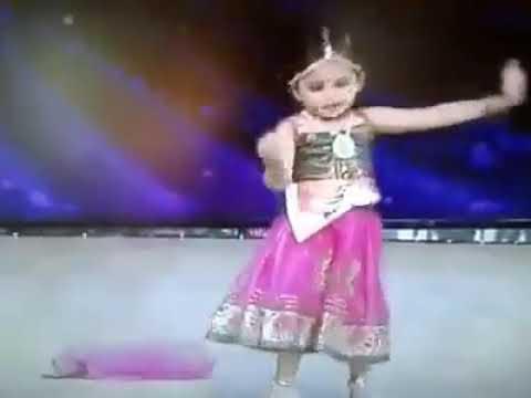 Sri divya mass misspannama paruha  dance baby