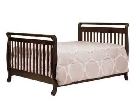 New Davinci Emily 4 In 1 Convertible Crib With Toddler Rail