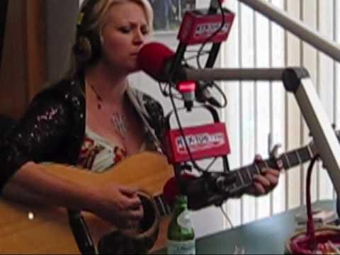 Carolyn Dawn Johnson LIVE at KIX 106