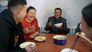 GLOBALink | Xinjiang, My Home: farmer embraces happy life by planting cotton
