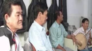 Ai ra xứ Huế-TB Hồng Cúc-Văn Dần guitar-Triệu Phúc hauydi-Minh Hương kìm-Hoàng Tiền tranh