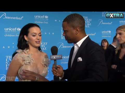 Katy Perry - Interviews UNICEF SnowFlake Ball 2016 (VOSTFR)