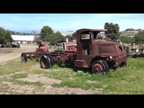 Antique Gas & Steam Engine Museum - Trucks, Tractors, Machinery