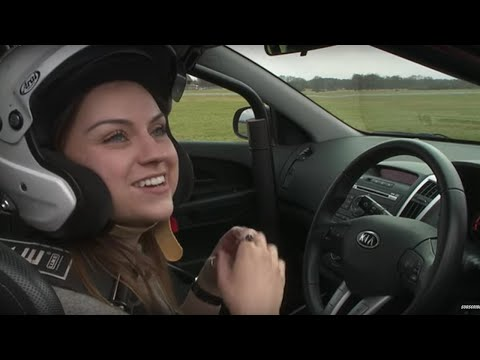 Behind the scenes with Amy Macdonald - Top Gear - Series 19 - BBC