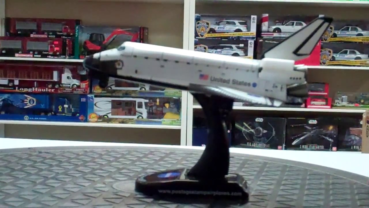 NASA Space Shuttle Discovery 1/300 Diecast Model with ...