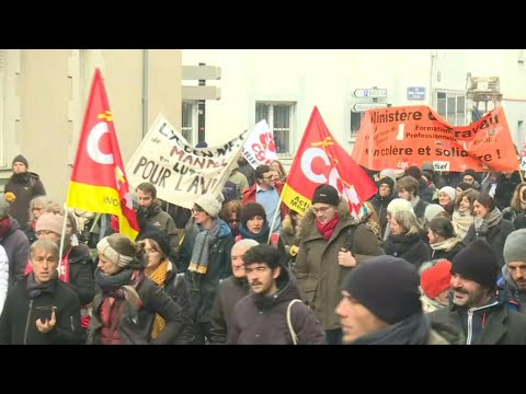 AFP: Retraites: départ de la manifestation à Nantes | AFP Images