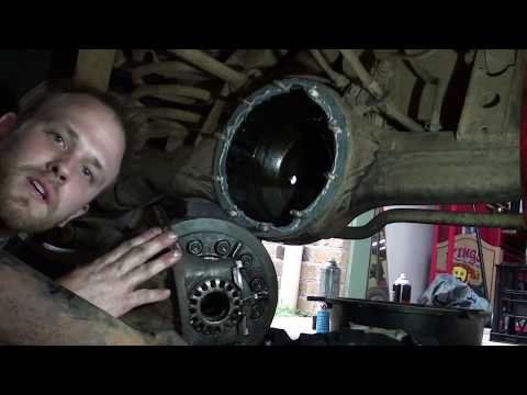 How to remove and replace a rear diff center (Solid Axle)