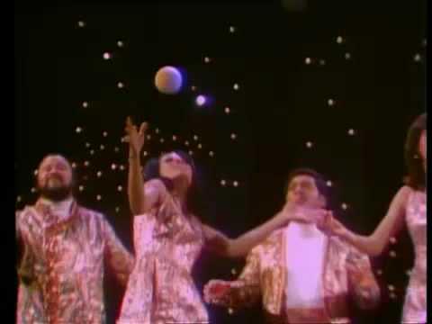 The 5th Dimension   Age of Aquarius 1969