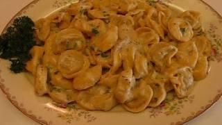 Betty's Chicken And Prosciutto Tortelloni Alfredo