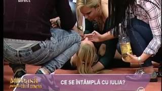 """Panică la """"Mireasă pentru fiul meu""""! Iulia a leşinat în direct thumbnail"""
