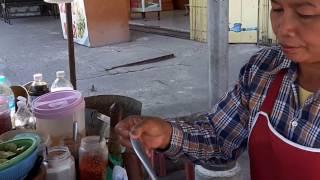 Тайская уличная еда. Блюда на фудкорте и в уличных кафе