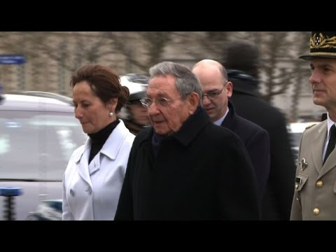 France welcomes Cuba's Castro in historic visit