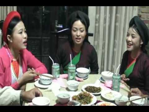 Quan Ho Bac Ninh 1 - Ngoi Tua Song Dao