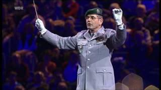 Militärmusikfest Köln 2006 - Das große Finale Teil. 2 (HQ)