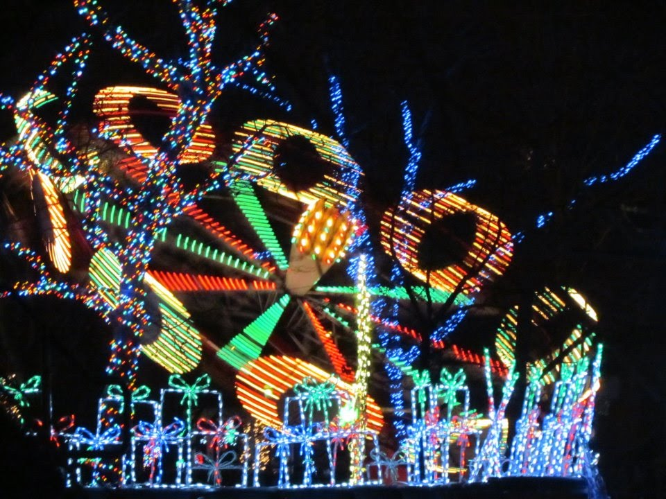 Kennywood Holiday Lights - Paratrooper 12/05/2015 - YouTube