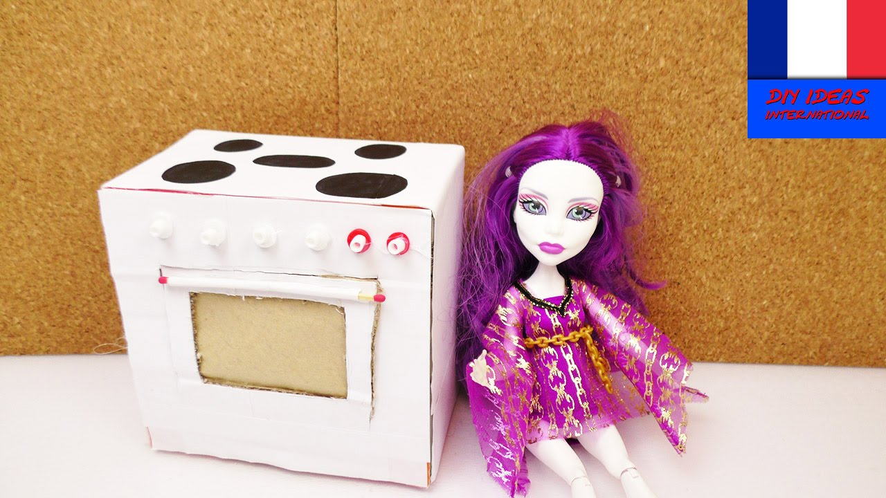 Barbie et monster high four faire soi m me meuble - Comment faire une chambre monster high ...