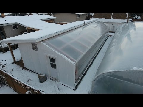 URBAN FARM CHRISTMAS - Passive Solar Greenhouse 1 year review