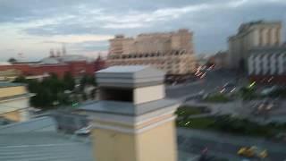 Смотреть видео Крыша Малого Театра Москва. онлайн