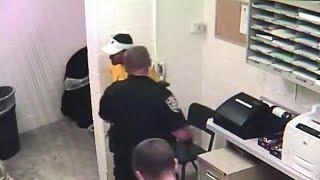 Cop fired after using slur during DUI arrest