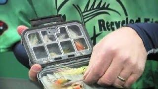 Salt Water Lures Vs. Live Bait : Fishing 101