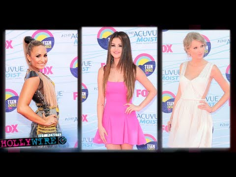 Demi Lovato Vs. Selena Gomez Vs. Taylor Swift - Best Dressed (Teen Choice Awards)