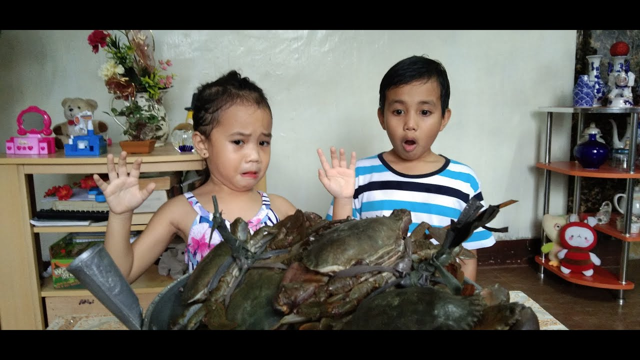 Download Pinoy Mukbang with Karl and Athena Episode 3 - ALIMANGO